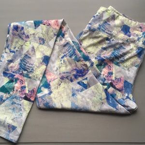 Mossimo Abstract colorful athletic leggings